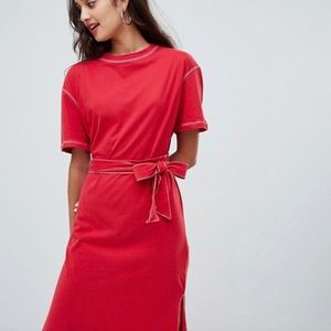 Red tie midi t shirt dress